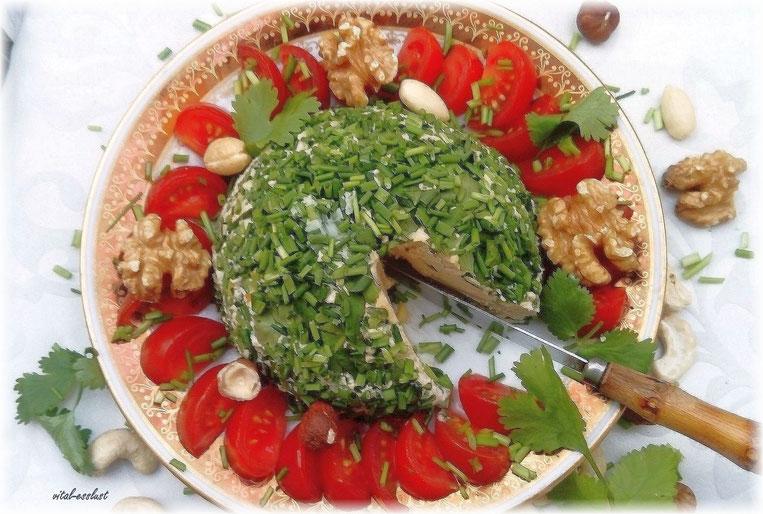 Cashew- Käsecreme, Petersilie, Nüsse