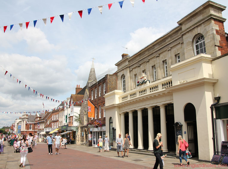 Sehenswürdigkeiten Chichester: Historische Chichester High Street