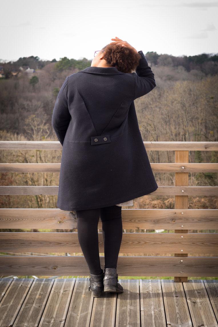 Manteau magnésium, Ivanne.s danse des aiguilles