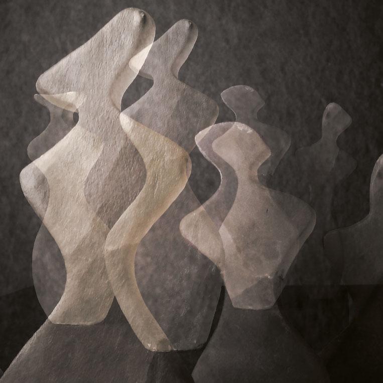 Heidrun Feistner und Jean Molitor: Bonjour Monsieur M. / Tafel 3 / Fotografik auf Aluminium nach der Skulpturengruppe