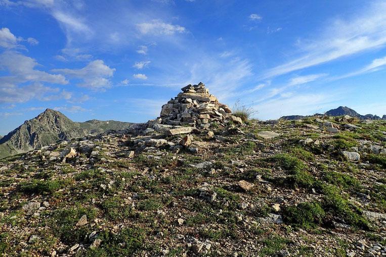 Cairn du Pic de Montarrouyes.
