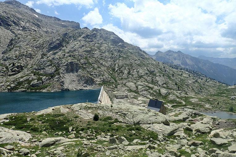 Retour au barrage du Lac Bachimaña Alto.