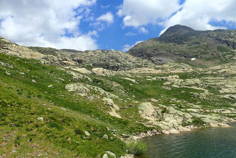 Après 2h de repos, et un dernier regard vers le Pico Marcadau (2728m), retour vers Panticosa.