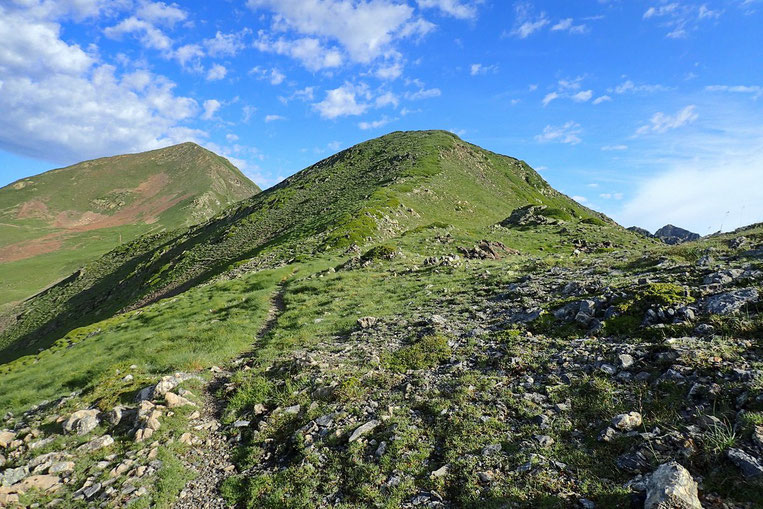Et montée vers le deuxième pic : le Montarrouyet (2473m)