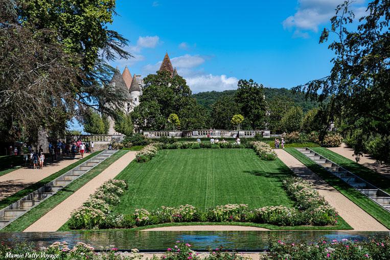 Jardin à la française du châteu des Milandes, Dordogne