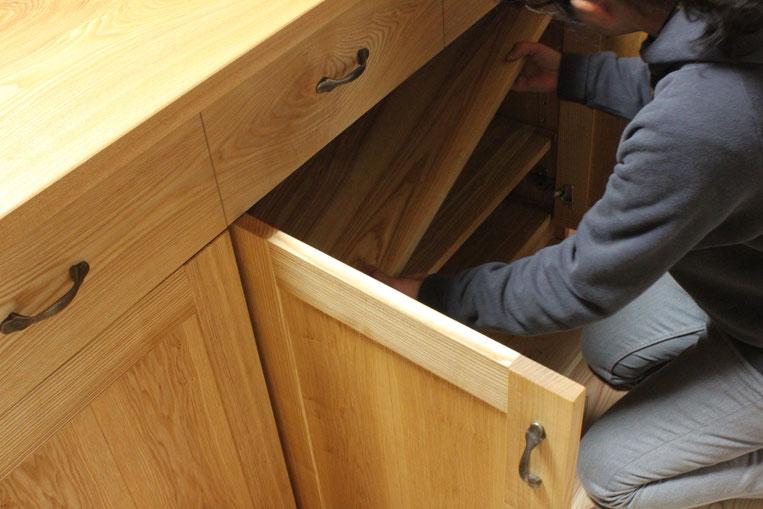 アイランド型キッチン収納テーブル(相模原市・I様邸)棚板