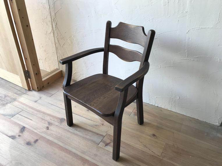 食堂椅子修理完了