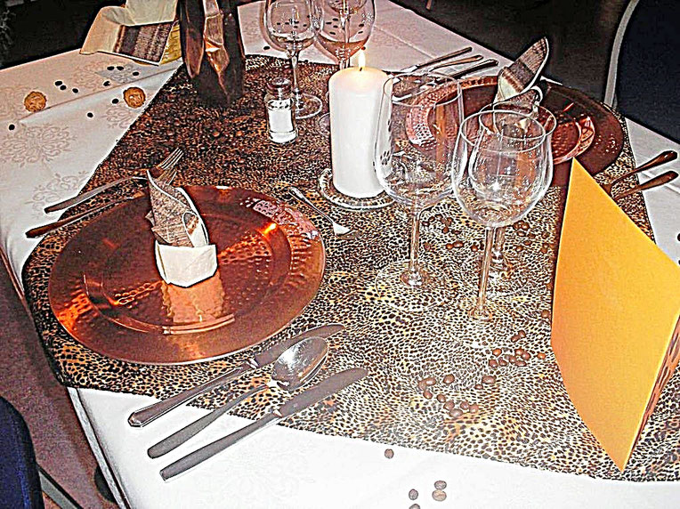 Tischdekorationen, Afrika, Tigermuster