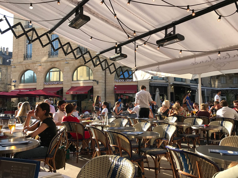Afternoon  drinks and snack at L'Intendance, Bordeaux city
