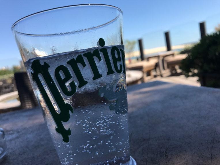 Cool drink at Le Mirador restaurant, La Pointe, Cap Ferret