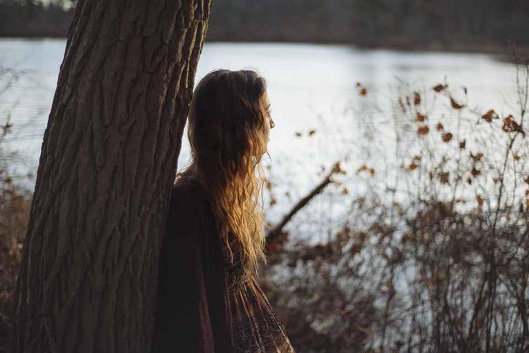 sofferenze dolori dipendenze DAP attacchi panico sguardo triste pensieri ossessivi rimurginare rimurginio ruminare mente vaga cosa è ansia fatica vivere buio anima sopraffatto guida interna prevenire curare risolvere superare affrontare stato cronico