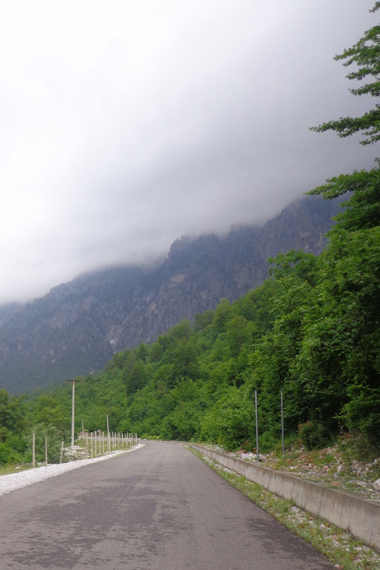 Radeshë Tropoje, Albanie