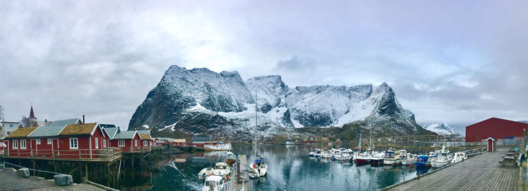 Norwegen, Lofoten, Reine, datewithplaces