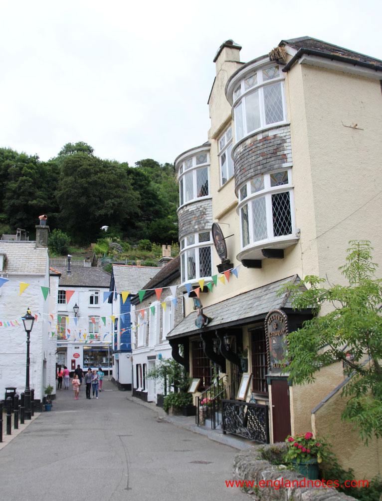 Sehenswürdigkeiten und Reisetipps Polperro, England: Polperros Geschäfte und Restaurants