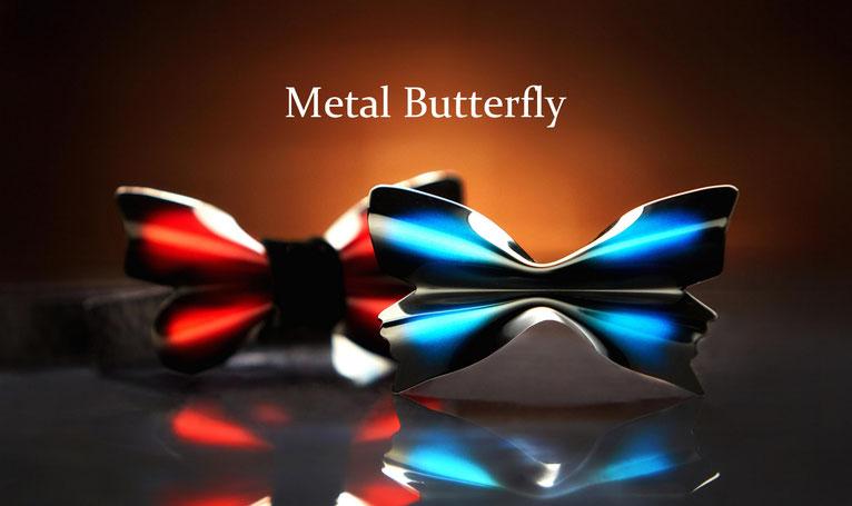 メタルバタフライ(Metal Butterfly)はアルミで作られた蝶ネクタイ。鮮やかでオシャレなカラーリングをまとったメタルバタフライは、結婚式などのパーティーシーンで蝶ネクタイのコーディネートを一際か輝かせます。