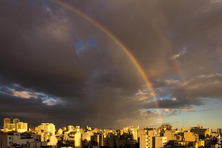 Corona in Argentinien: Regen, Sonne, Regenbogen - kleine Dinge werden zu wunderbaren Geschenken