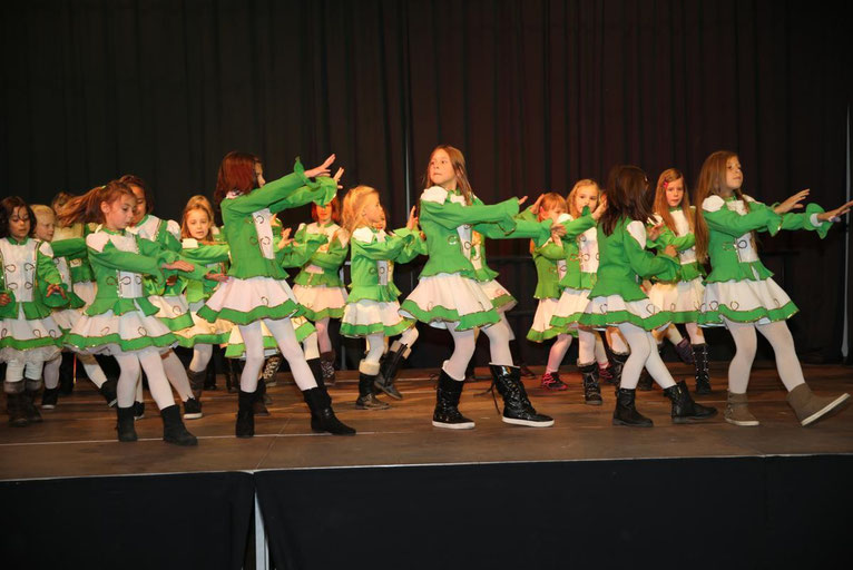die Gardemädchen mit einer ihrer tollen Choreographien