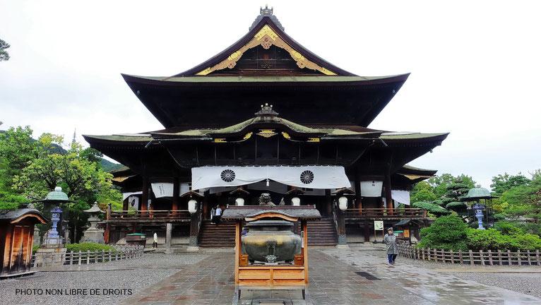 Zenkô-Ji, le temple au tunnel souterrain, Japon