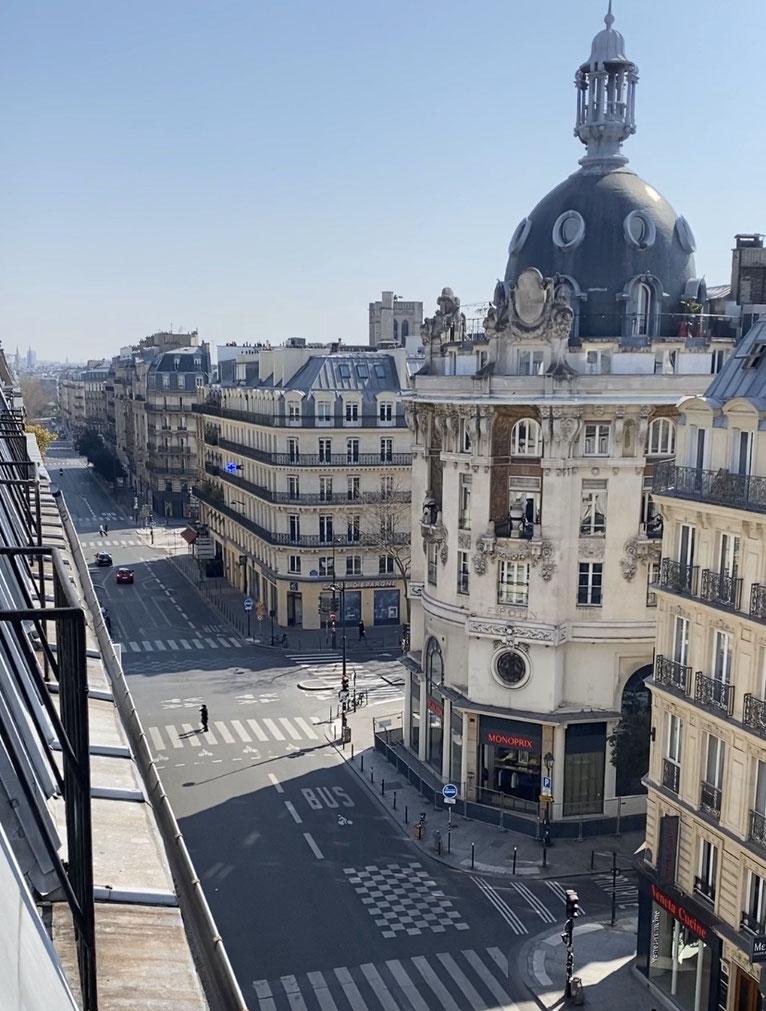 Paris, vide, en heure de pointe