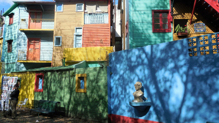 Die bunten Häuser im Caminito in La Boca