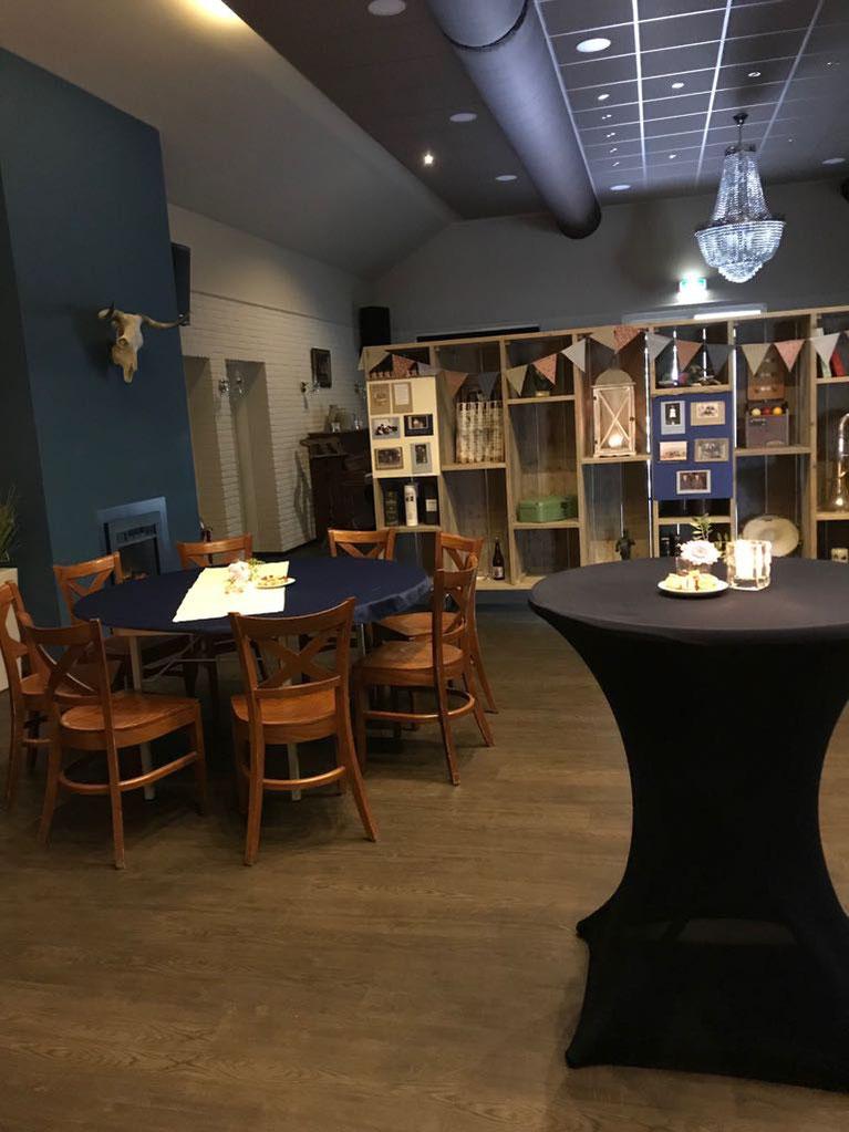Café Zaal Bij van Dijk Koffietafel