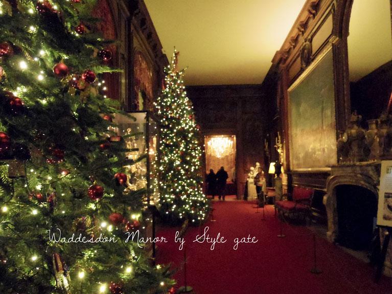 お家に飾られるクリスマスツリーは、数えられなくらいたくさん。