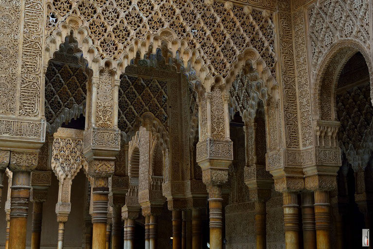 Alhambra - Court of the Lions