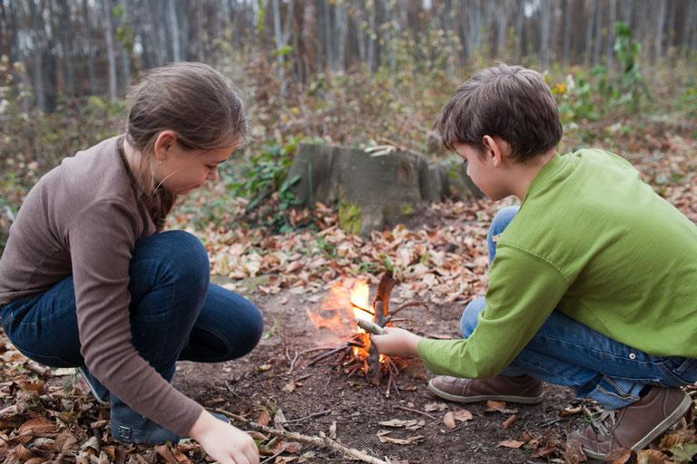 Das erste eigene Feuer ohne Streichhölzer