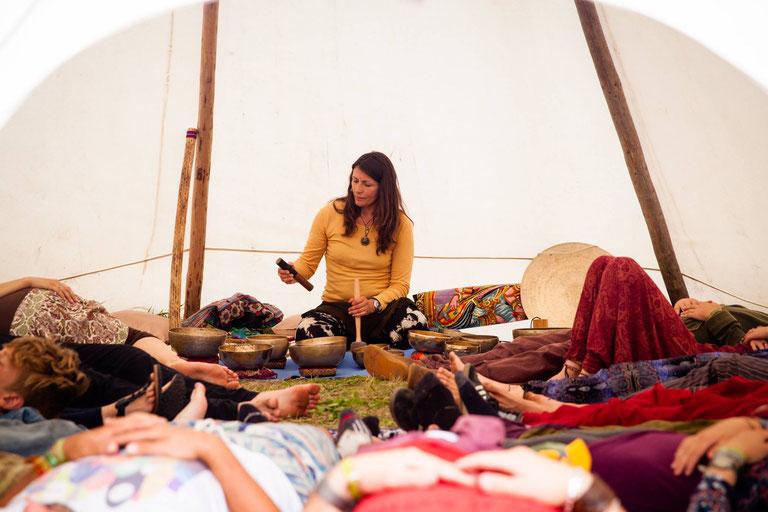 Chakra Sound Healing auf dem New Healing Festival