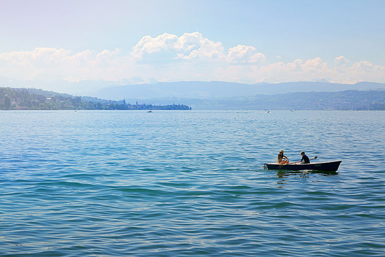 Der Zürichsee, ein perfekter Ort für das Stand Up Paddling