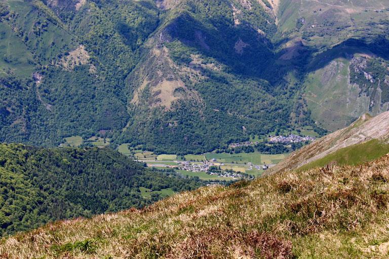 Les petits villages de la vallée : Montplaisir et Gère.