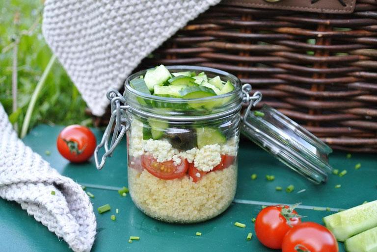 Couscous-Salat to go - gut vorzubereiten