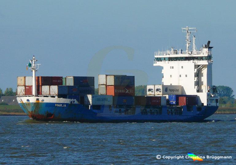Feeder Containerschiff MARJA, Elbe 07.10.2018
