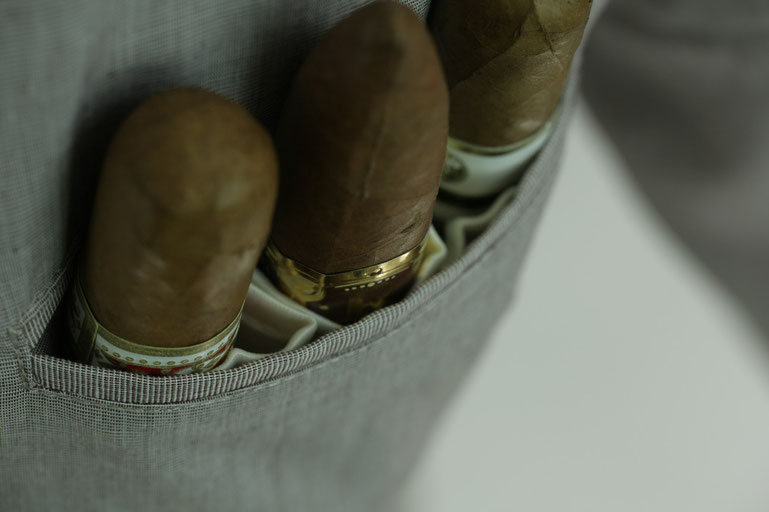 Pockets designed to protect and transport your precious cigars