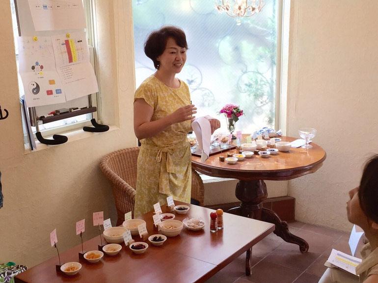 気虚、血虚、気滞など東洋医学での体質のとらえ方の説明もわかりやすいと評判の野村さん