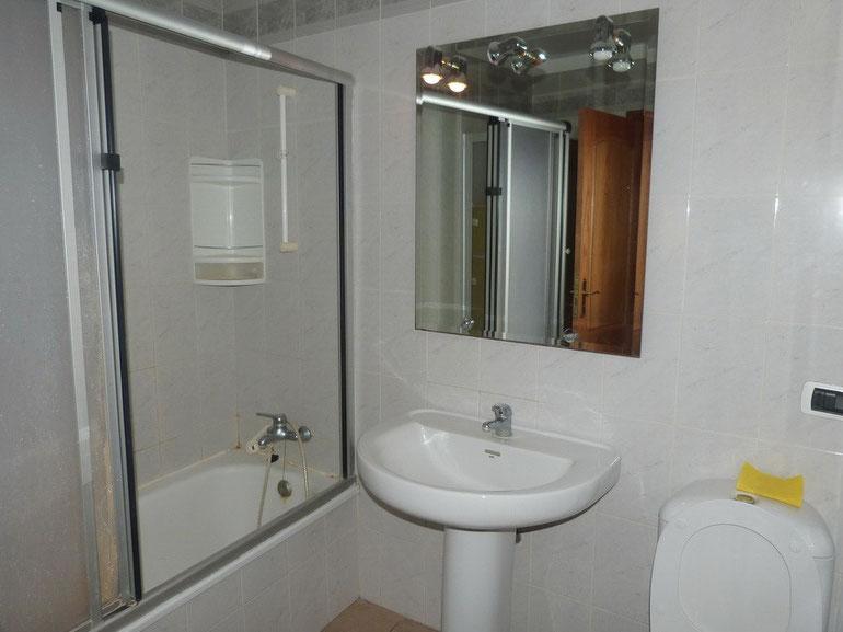 eigenes Bad vom 2.Schlafzimmer