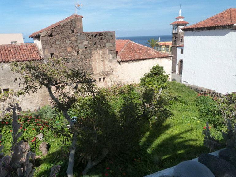 außergewöhnliche Herrenhaus zum Kauf,Mehrere Terrassen -Balkon - Garten -Patio -  Pool renovierungsbedürftig - Meerblick