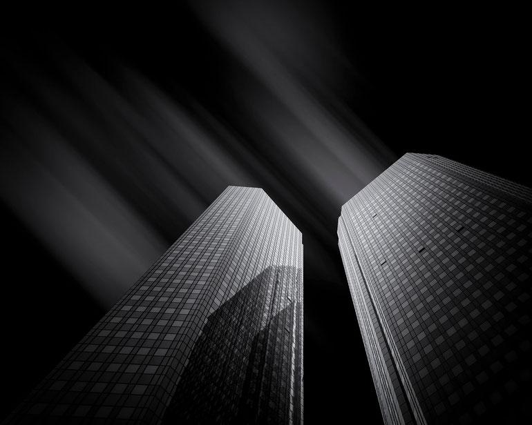 Deutsche Bank - Frankfurt (Copyright Martin Schmidt, Fotograf für Schwarz-Weiß Fine-Art Architektur- und Landschaftsfotografie aus Nürnberg)