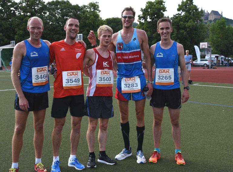 E.v. Behrend Lauf die ersten 5 v. A, v. Hoffe, M. Thomas, Sieger A. Hirschhäuser, B. Gabriel und C. Möller FOTO Helmut Schaake