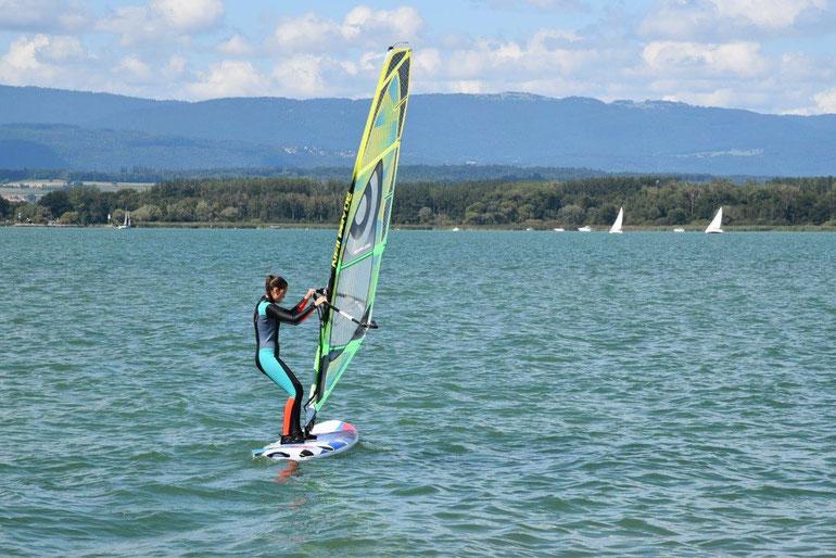 Windsurfen auf dem Murtensee