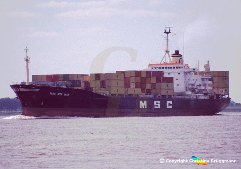"""Containerschiff """"MSC MEE MAY"""" auf der Elbe 2006"""