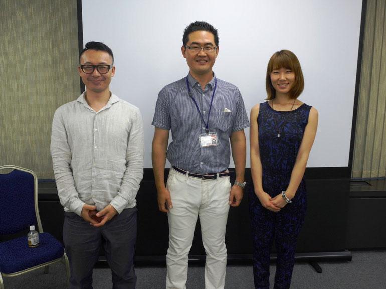 講師集合写真 左から、川村健治さん・原田塾長・新美明菜さん