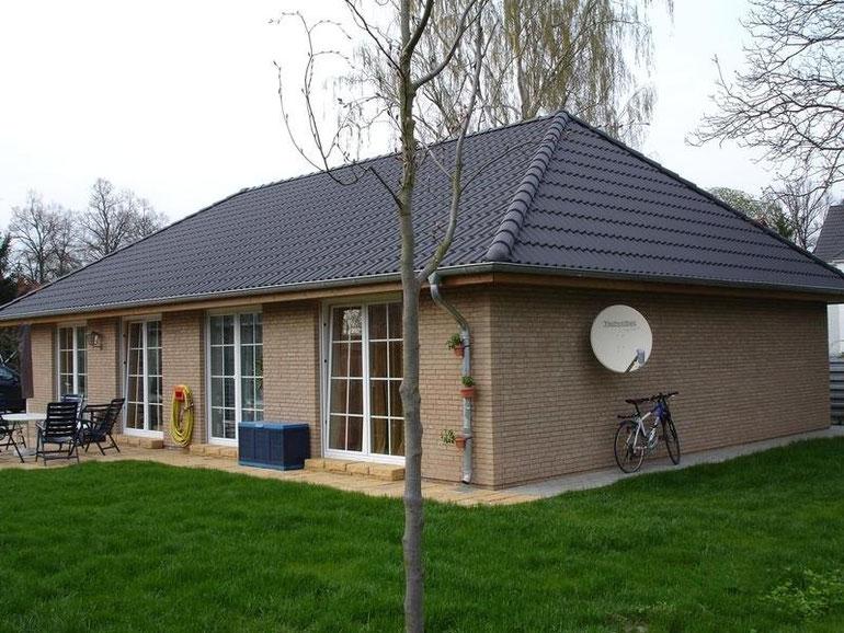 h b130 140 quickborn bungalow 5 zimmer mietkaufplus bezahlbare h user auch ohne. Black Bedroom Furniture Sets. Home Design Ideas