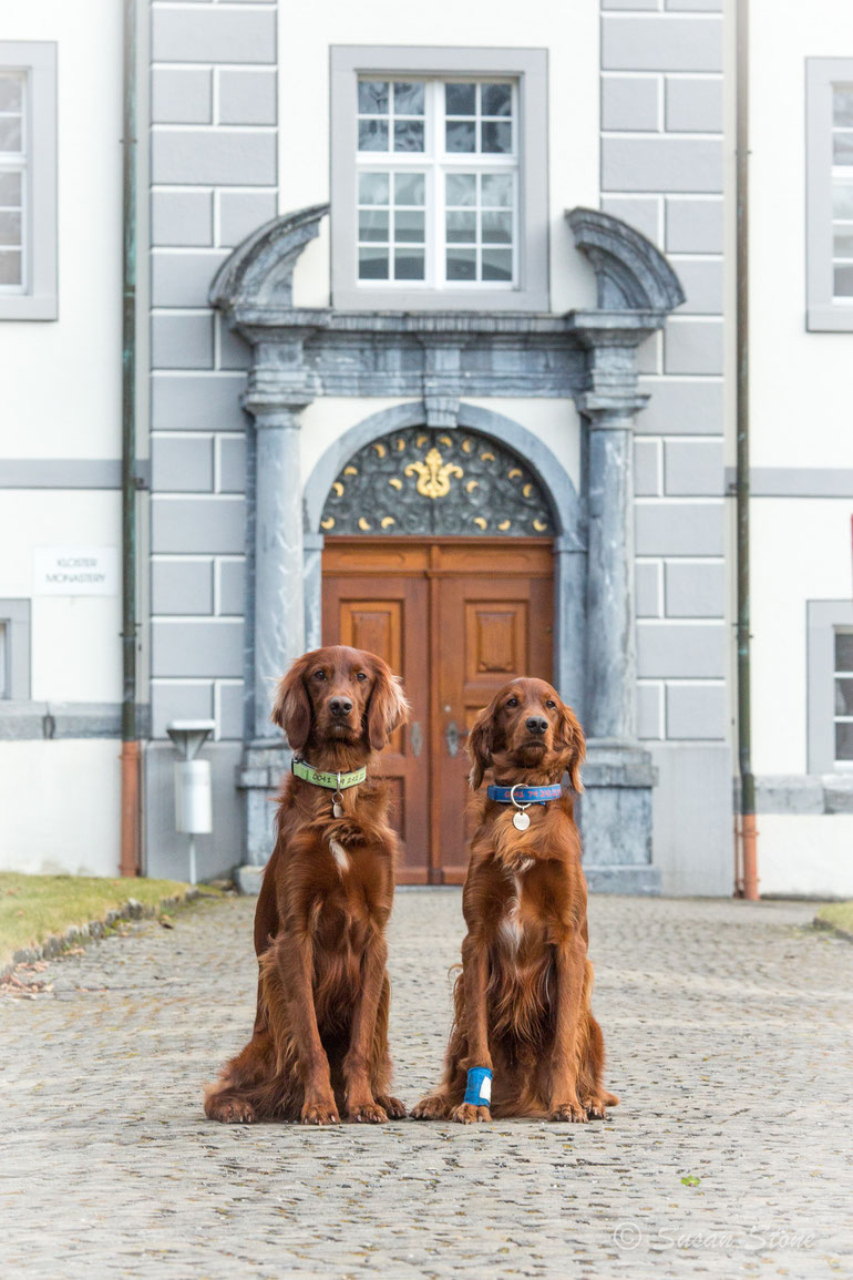 Rasmus und Kettu als Engelberger Klosterbuben im Januar 2020