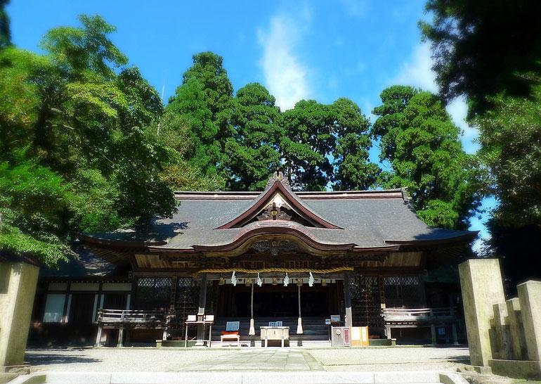 剣神社は日本最古級の神仏習舎