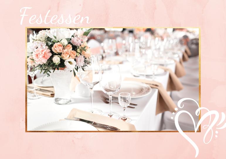 Eine gedeckte Festessen-Tafel bei einer Hochzeitsfeier