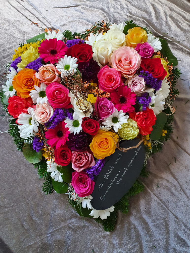 Trauer, Beerdigung, Trauerschmuck, Kränze, Schleife, Blumen, Todesfall, Herz, Trauerherz