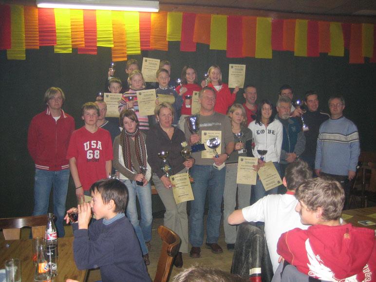 Die Sieger der Ortsmeisterschaft im Skilauf und Snowboarden 2006