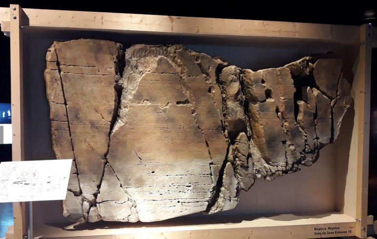 Petroglifo Val de Jose Estevez, Réplica Ficticio, para el Museo de Foz de Coa