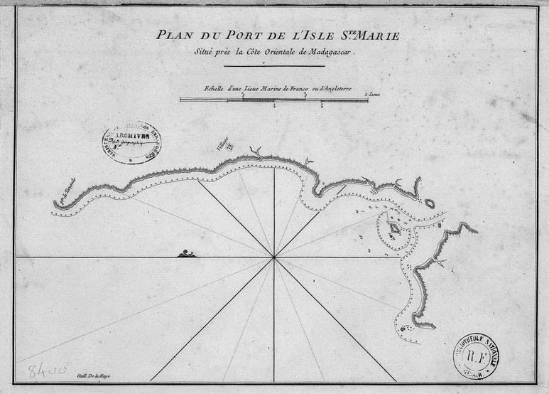 Carte du port de Sainte-Marie Apres de Mannevillette 1775 , le nord comme l'indique la fleur de lys est orienté vers la gauche (Gallica)
